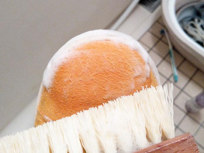 ジェイソンマークの「プレミアムシュークリーナーエッセンシャルキット」でスタンスミスを洗う