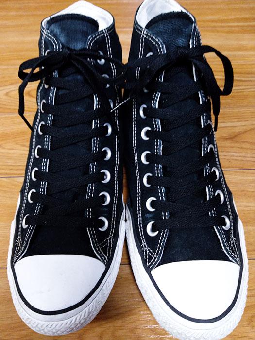 コンバースの靴紐を黒に変える
