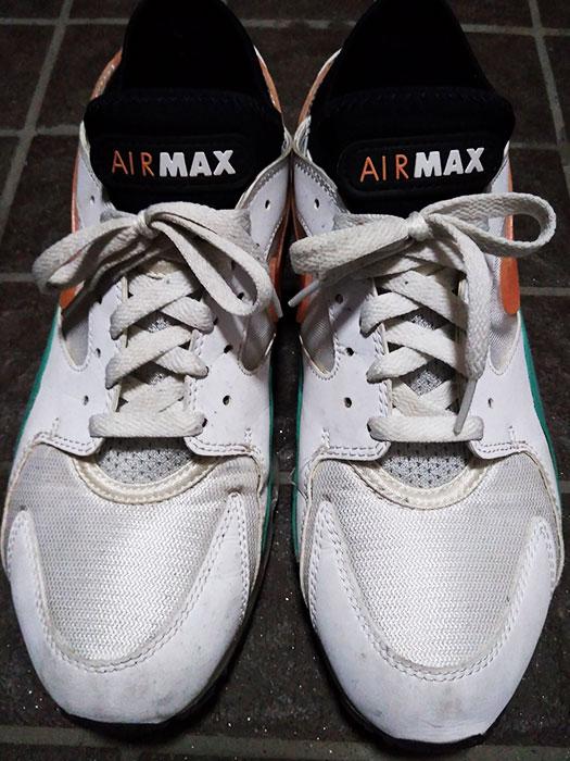 Nike Air Max 93 Watermelon 306551-105を洗う
