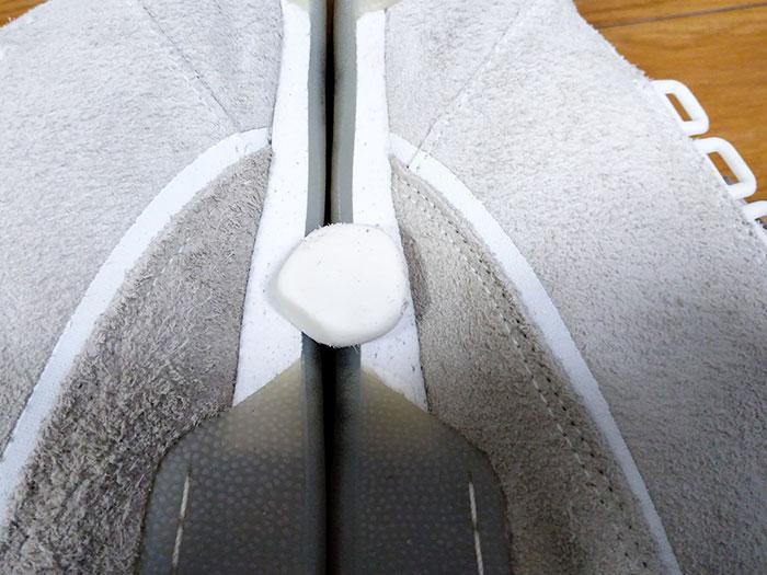 リーボックのスニーカーを洗う