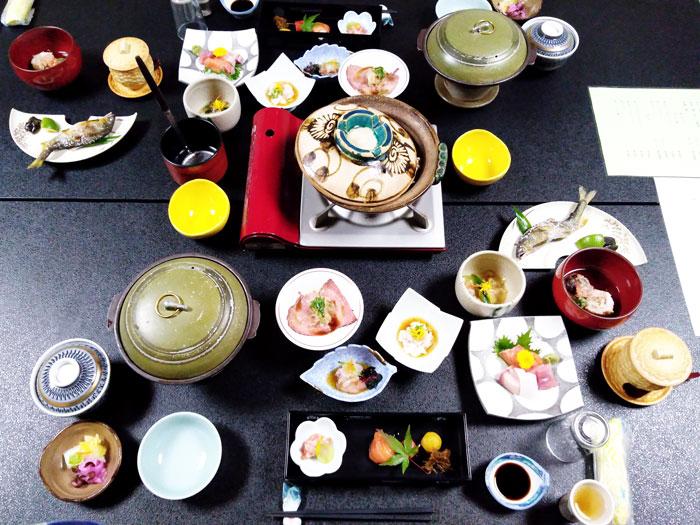 雄琴荘初日の夕食